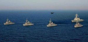 Bahrain MCMs with USS Mason